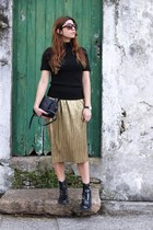 black Gucci bag - bronze Zara skirt