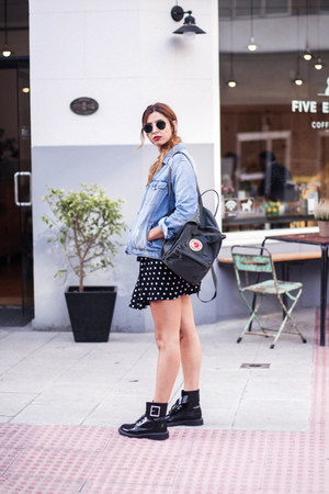 black Zara dress - silver fjallraven kanken bag