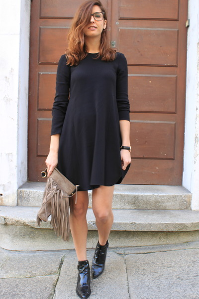 black Zara boots - black Zara dress - silver Uterque bag