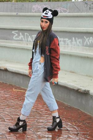 Zara boots - Zara jeans - H&M hat - Bershka jacket - Kipling bag - H&M top