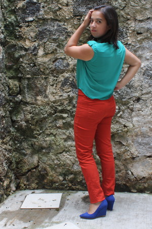 blue shoes - tawny pants - turquoise blue top