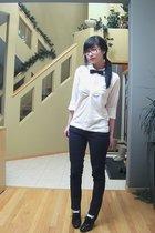 white shirt - black accessories - black jeans - white socks - black shoes