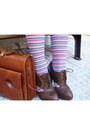 Brown-leather-clogs-blue-denim-dress-tawny-leather-bag