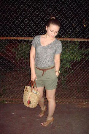 gray Zara shirt - green Zara shorts - brown Urban Outfitters shoes - beige Juicy