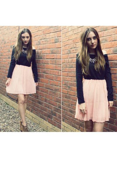 Pleats Oasap Dress Lace-up