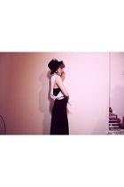 black new look dress - white top - gold earrings - black Topshop hat - beige bel