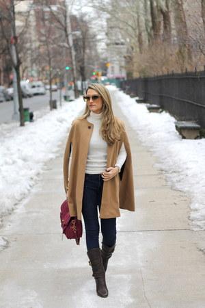 Zara cape - Chloe boots