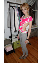 Gap t-shirt - grey jersey Urban Outfitters pants - Steven by Steve Madden loafer