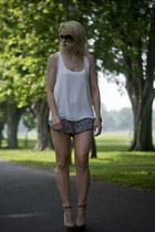 black floral print Topshop shorts - cream Topshop vest