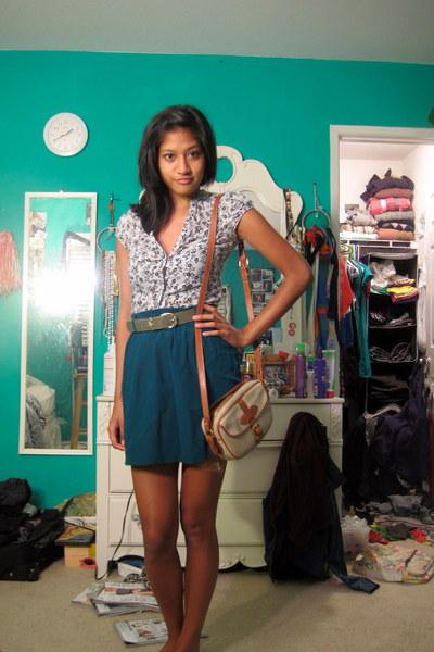 blue thrifted skirt - gray thifted belt - white H&M blouse - mamas handmedown pu