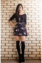 black sun moon  stars Motel Rocks skirt - black crochet Tobi top