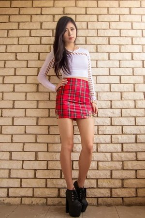 red tartan lovely sally skirt - dark gray clayton Jeffrey Campbell boots