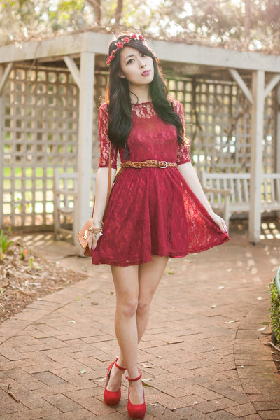 red lace lookbookstore dress - maroon floral crown Urban Outfitters accessories