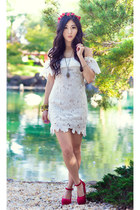 white lace St Frock dress