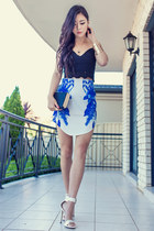 blue floral Blushop skirt - white heels GoJane shoes