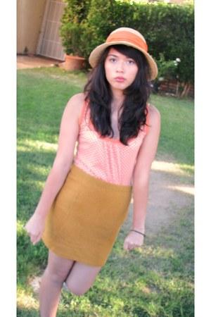orange straw weaved Importina hat - light orange white apple Xhilration shirt -