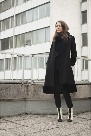 white asos boots - black vintage coat - navy Wallis sweater - black OASAP bag