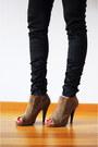 Camel-asos-boots-dark-gray-asos-hat-black-zara-blazer