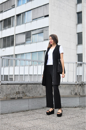 black COS dress - black no name bag - white no name t-shirt - black Zara sandals