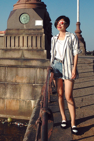 black two-tone & other stories loafers - white striped Zara blazer