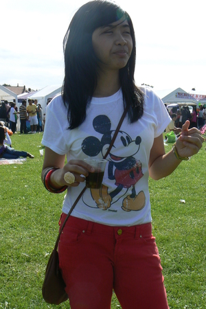 Disney shirt - Guess jeans - H & M purse