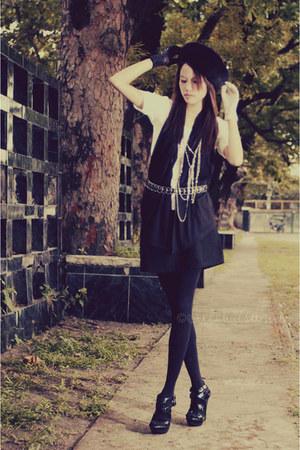 black So FAB heels