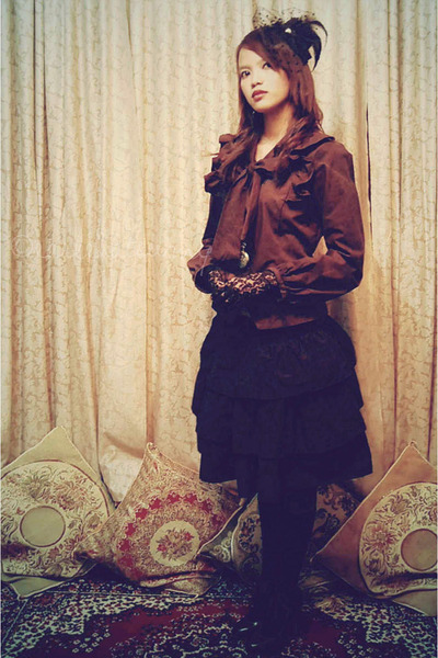 black genevieve gozum hat - black layered skirt skirt