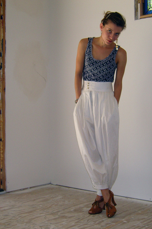 Proenza Schouler x Target top - San &amp; Soni pants - Daniblack shoes