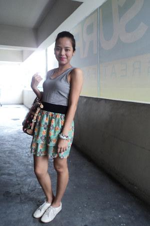 beige cotton on shoes - black Bayo dress