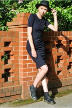 black doc marten 1460 doc martens boots - black navy dress Mabel & Zora dress