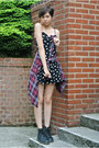 Black-doc-martens-boots-black-daisy-dress-h-m-dress