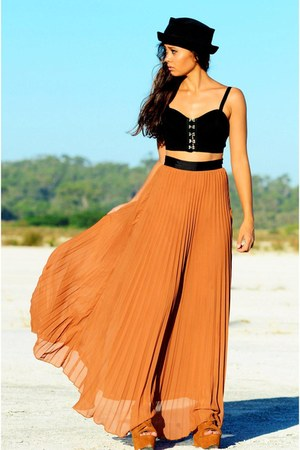 bucket hat hat - long maxi shirt - crop top top