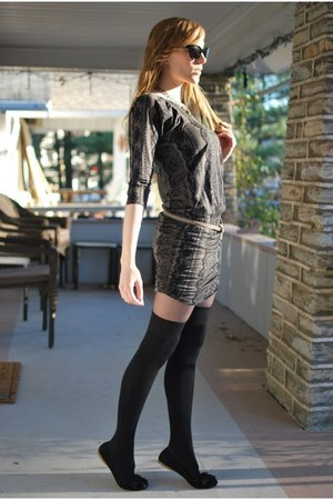 black Scarpasa shoes - puce Juicy Couture dress - black American Apparel socks