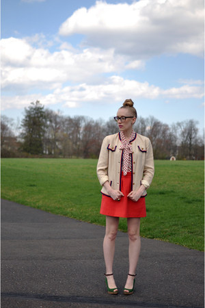 beige vintage jacket - red Zara skirt - off white H&M blouse - green Zara wedges