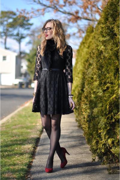 red suede Franko Sarto heels - black polka dot H&M dress - black vintage scarf