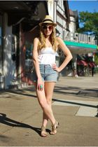 white Forever 21 top - blue Urban Outfitters shorts - beige Zara shoes