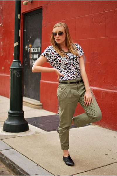 green Zara pants - white Forever 21 shirt - black linea pelle belt - black BDG s
