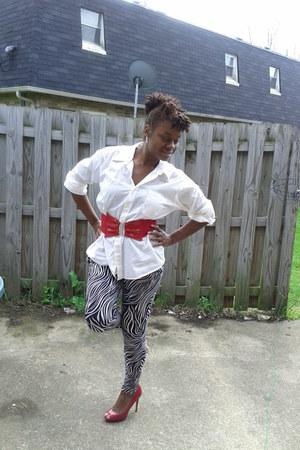 harem pants UrbanOG leggings - blouse - belt - peep toe pumps