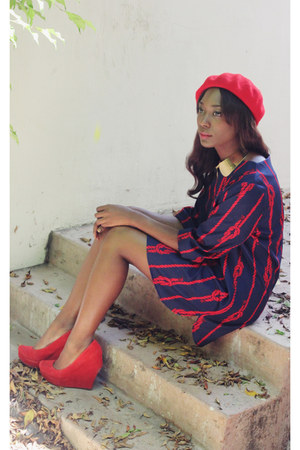 navy red knot vintage dress - red red beret H&amp;M hat - yellow H&amp;M necklace