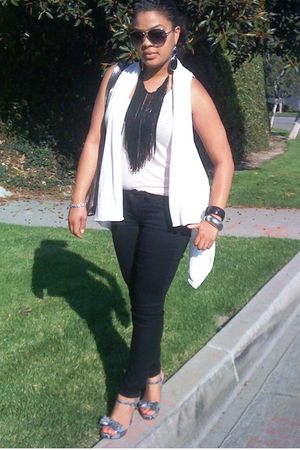 white Marshalls vest - pink H&M top - black Old Navy jeans - silver Jessica Simp