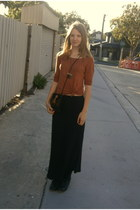 black maxi skirt - black lace up boots - black tassle vintage bag