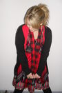 Red-handmade-dress-red-2-shop-scarf-red-cotton-on-cardigan-black-kmart-car