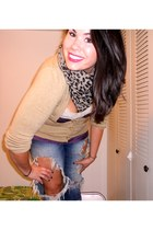 Charlotte Russe scarf - destroyed jeans - beige Charlotte Russe cardigan