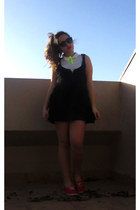 black dress - black round cat eye Ebay sunglasses - white LeeCooper vest