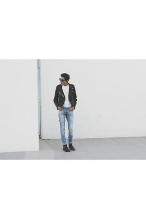 white Basic White Shirt shirt - sky blue c&a jeans - black Romwecom jacket