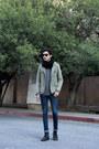 Navy-levis-jeans-dark-khaki-thrifted-vintage-blazer