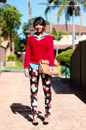 black floral H&amp;M pants - red textured knit Table 8 sweater