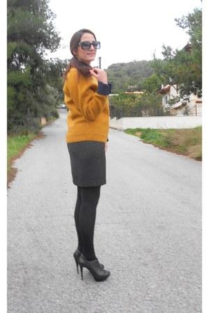vintage skirt - Zara boots - vintage blouse