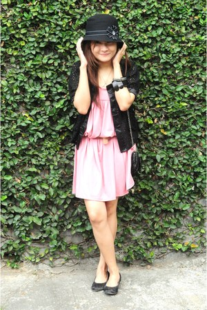 bubble gum random brand dress - black lace Simones Closet cardigan