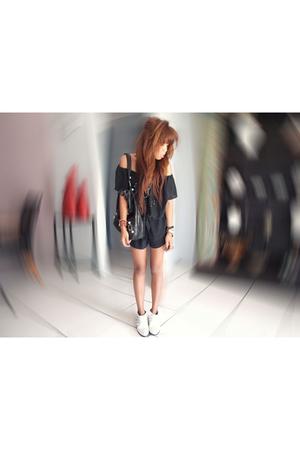 black suit - black accessories - white shoes